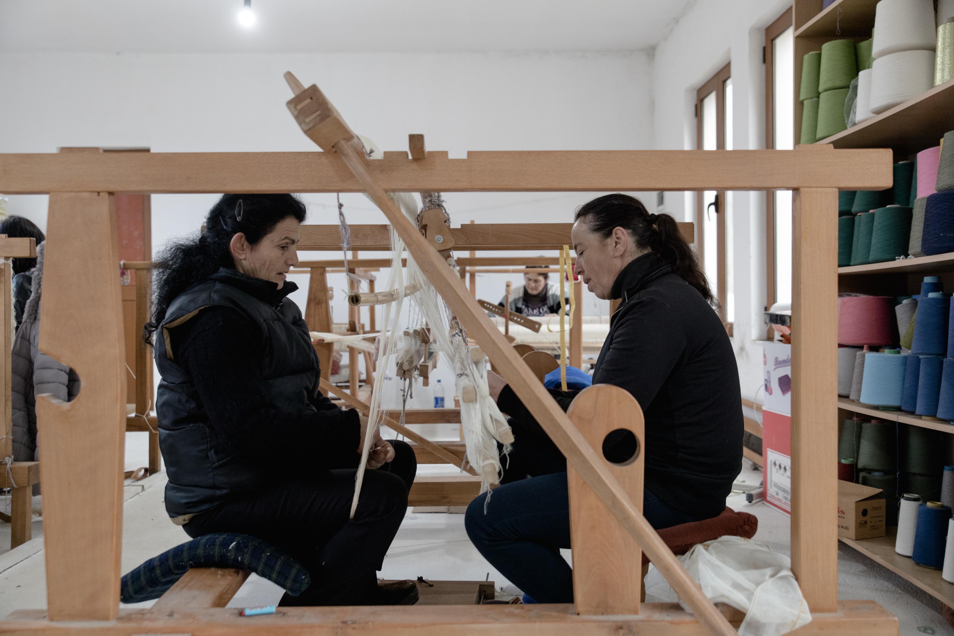 Le donne del villaggio di Guri I Zi