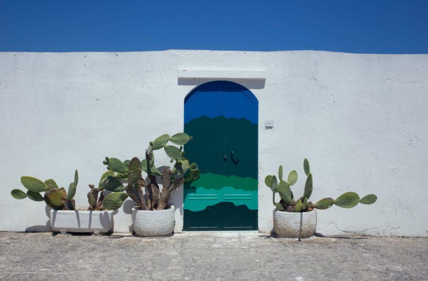 ostuni-porta blu